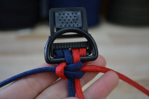 What is 4- Strand and 6-Strand Paracord Dog Collar